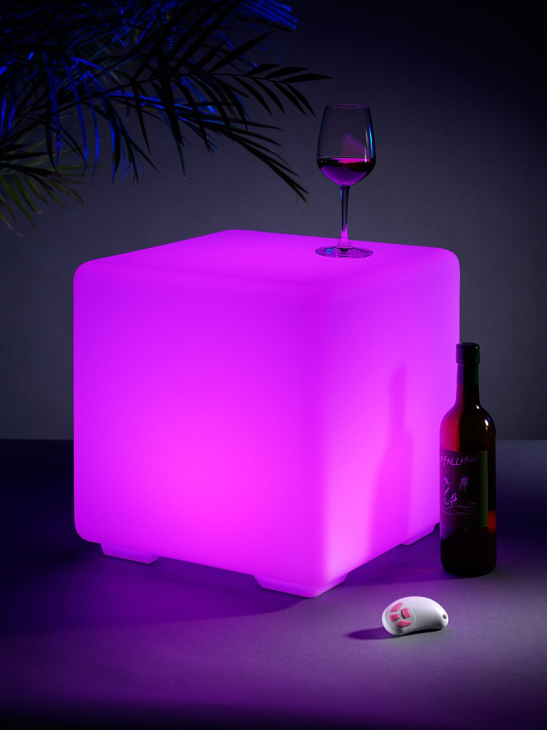 Auraglow Light Up Led Colour Changing Outdoor Mood Cube