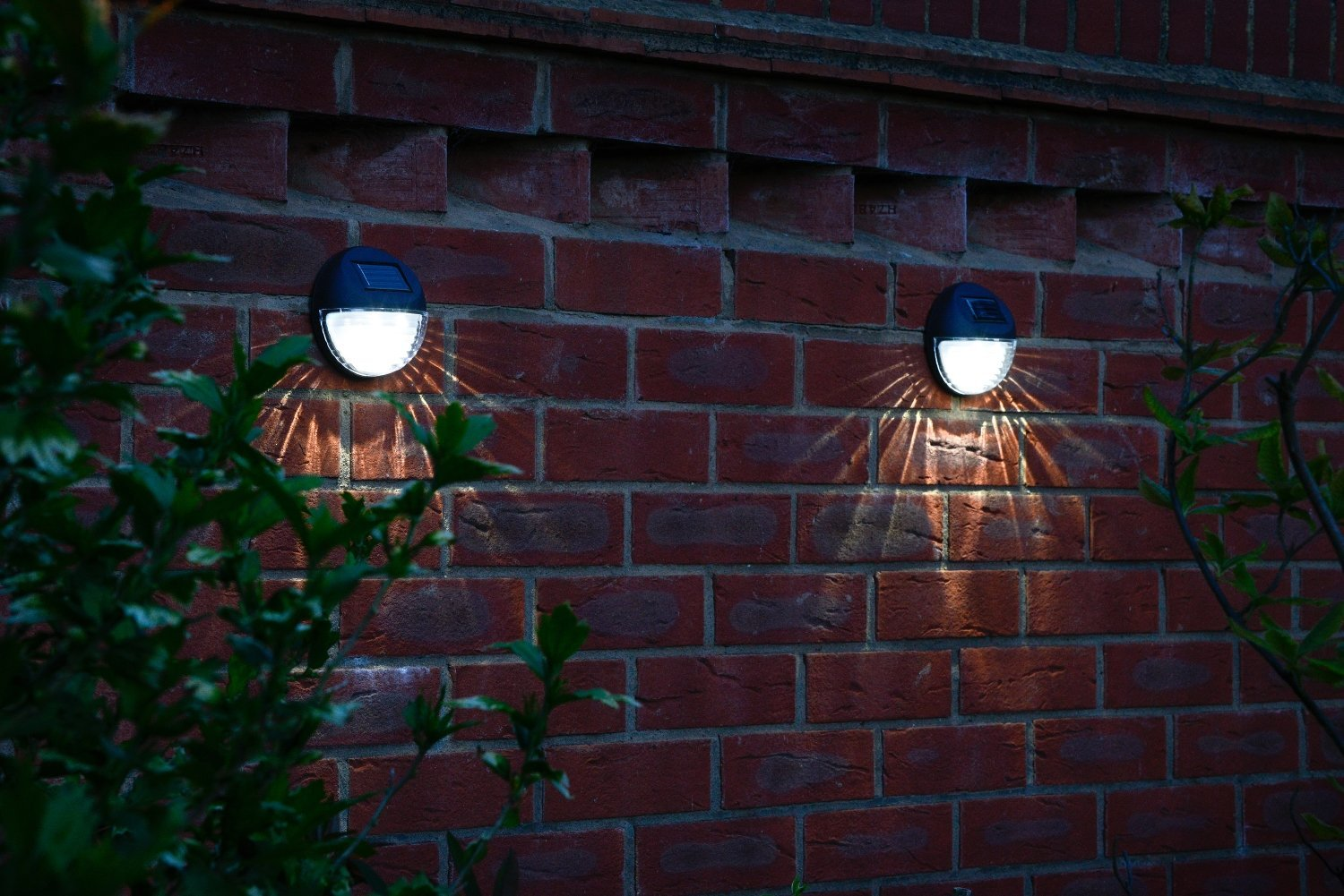 decorative wireless garden solar lights weatherproof. Black Bedroom Furniture Sets. Home Design Ideas