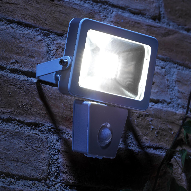 Auraglow 10w Led Motion Activated Pir Sensor Outdoor