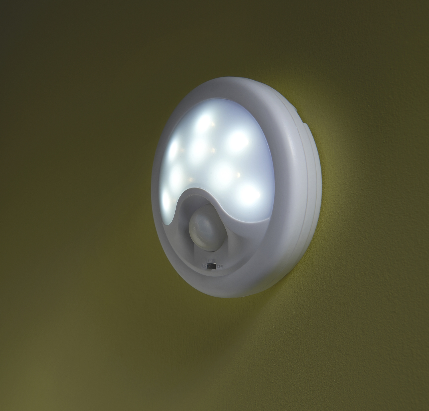 Auraglow Battery Operated 8 Led Wireless Motion Sensor