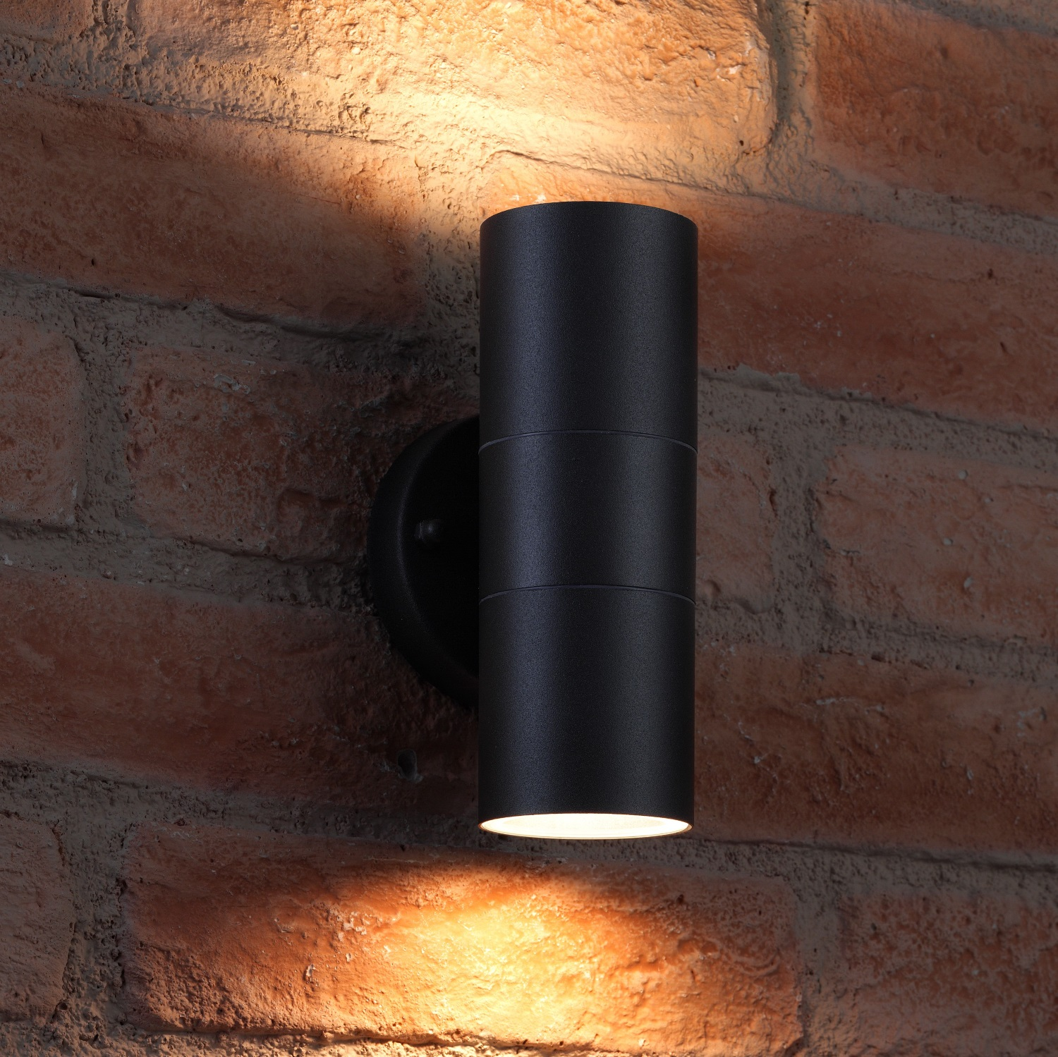 Auraglow Up Amp Down Outdoor Wall Light Winchester Black