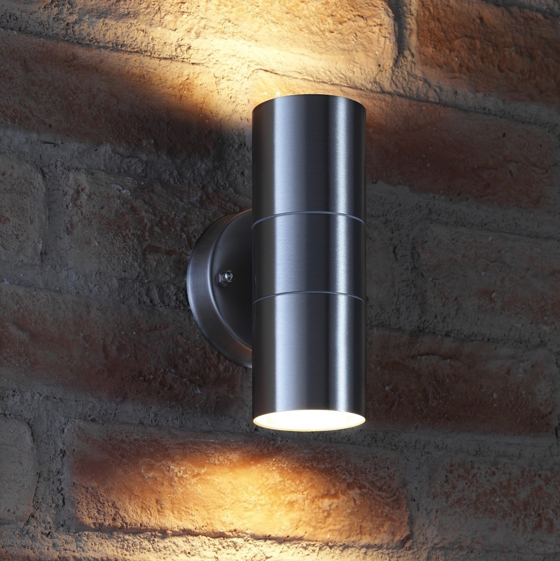 Auraglow up down outdoor wall light winchester for Exterior up and down lights led