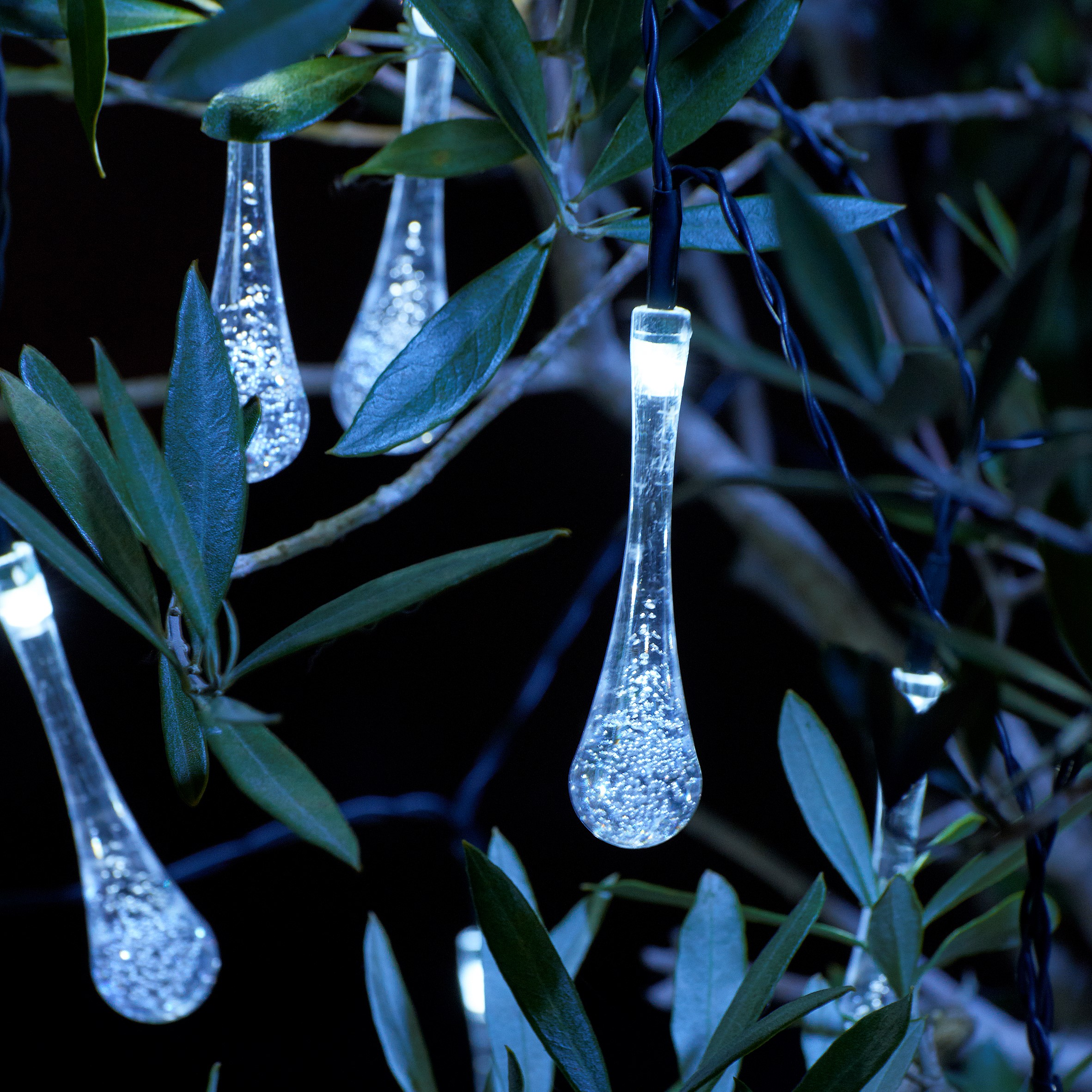 Auraglow Set Of 20 Crystal Teardrop Garden Outdoor Led
