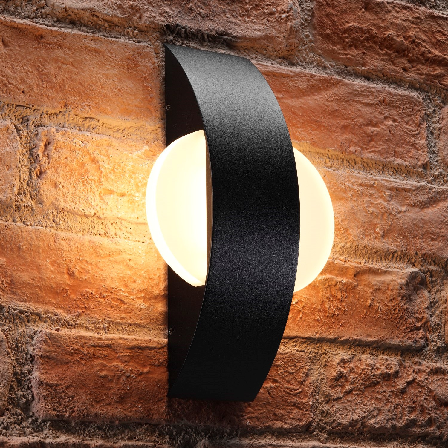 Auraglow 11w Indoor Outdoor Integrated Wall Light