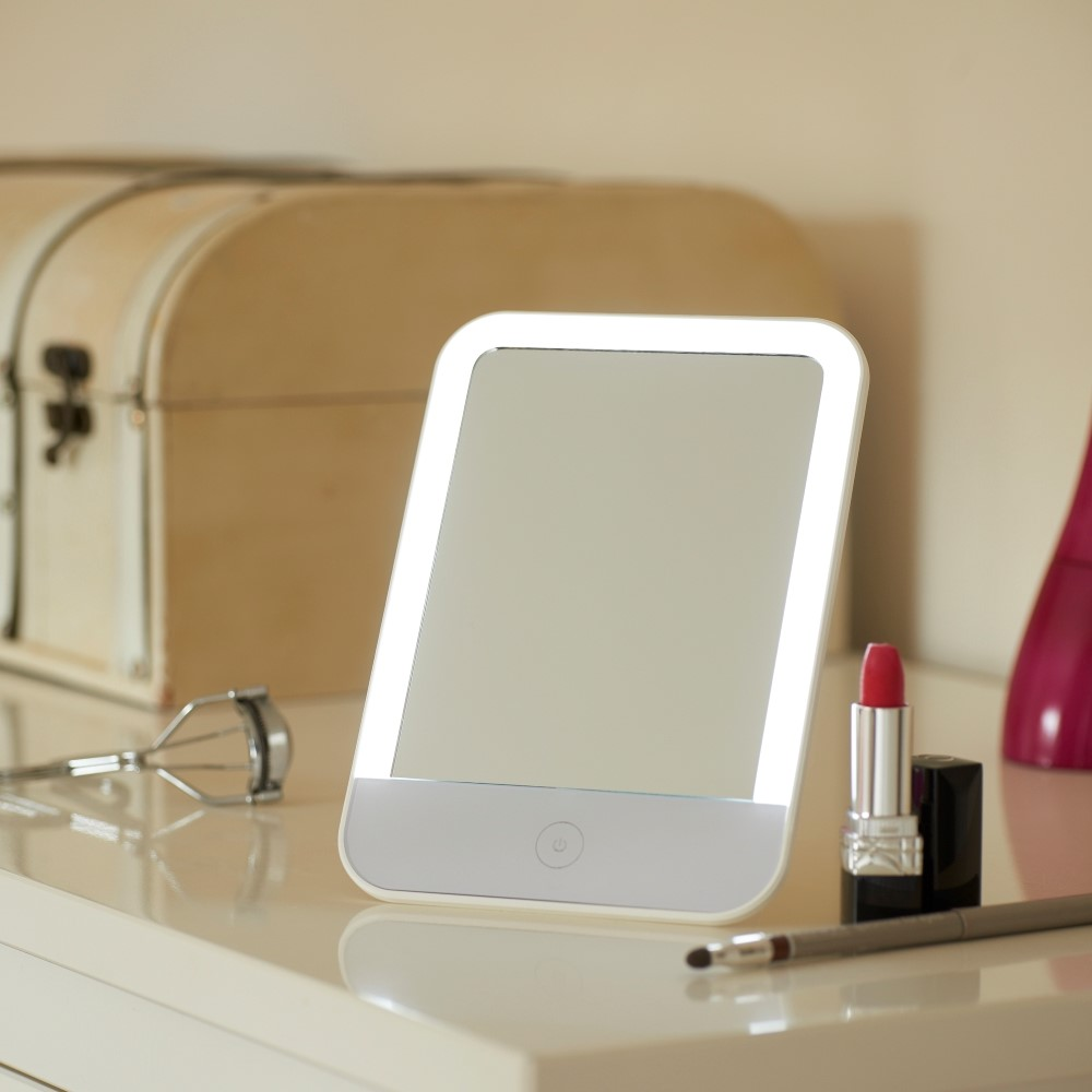 Auraglow Rechargeable Led Light Up Vanity Mirror