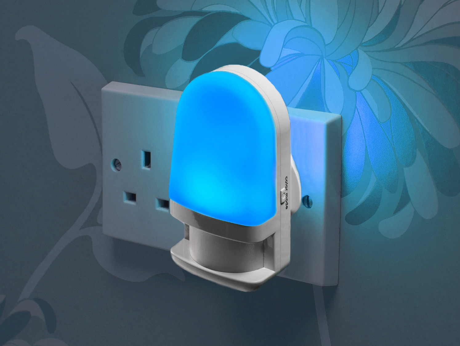 Auraglow Automatic Plug In Colour Changing Led Night Light