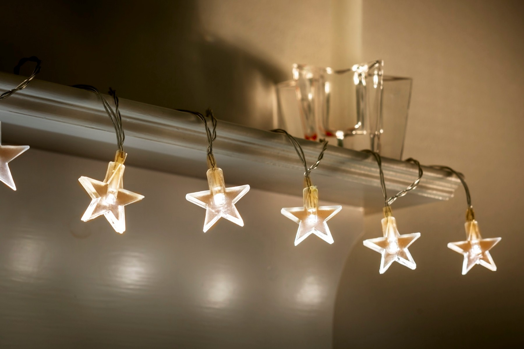 set of 12 battery operated 2 5m indoor string lights clear stars